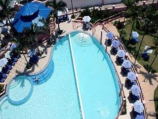 hilton_cebu_resort_pool